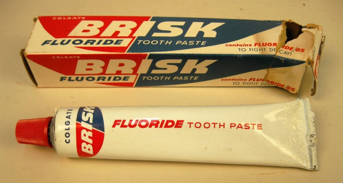 5 Brands of toothpaste with original packaging - 6