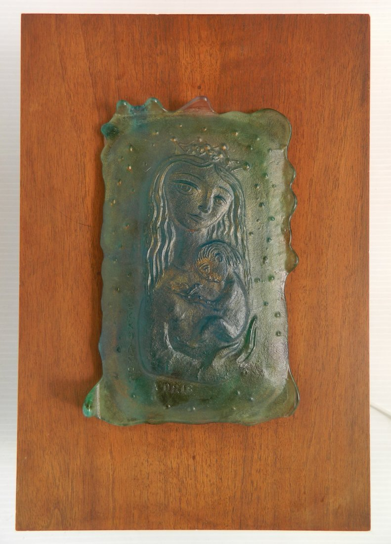 Edris Eckhardt lighted glass box