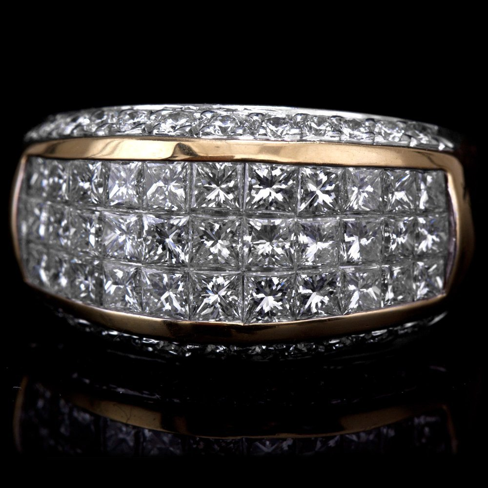 18K GOLD LADY'S BAND  W/ 2.35ct. DIA