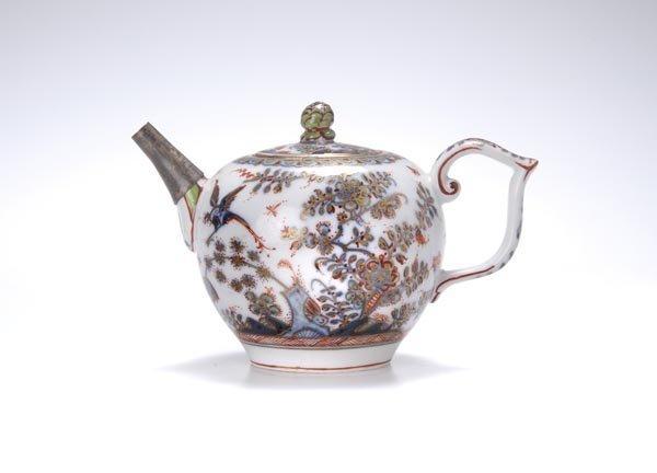 3: Royal porcellain manufacture Meissen, Small teapot,