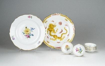 21: Porzellan-Manufaktur Meissen, Acht Konfektschälchen