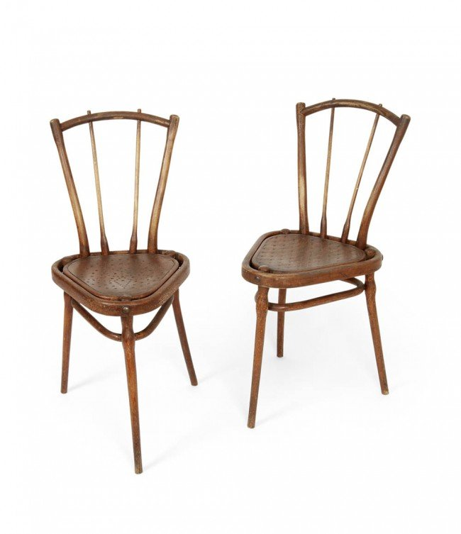 17: Gebr. Thonet, Wien, Two Chairs with three legs, aro