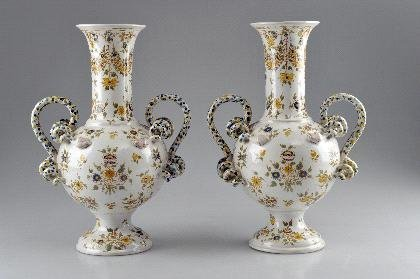 14: Frankreich, Paar Schlangenhenkelvasen, um 1900