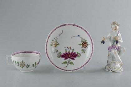 15: Königl. Porzellan-Manufaktur Meissen, Cup, ca. 1810