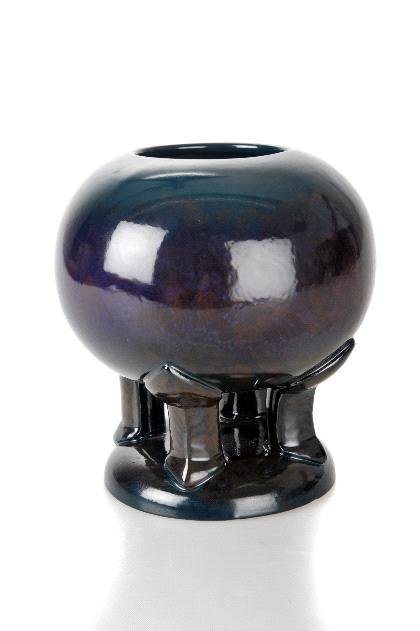 3: Peter Behrens , Vase, um 1901