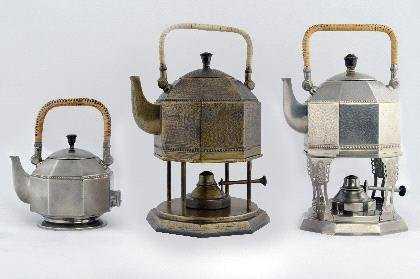 29: Peter Behrens, Elektrischer Tee- und Wasserkessel,