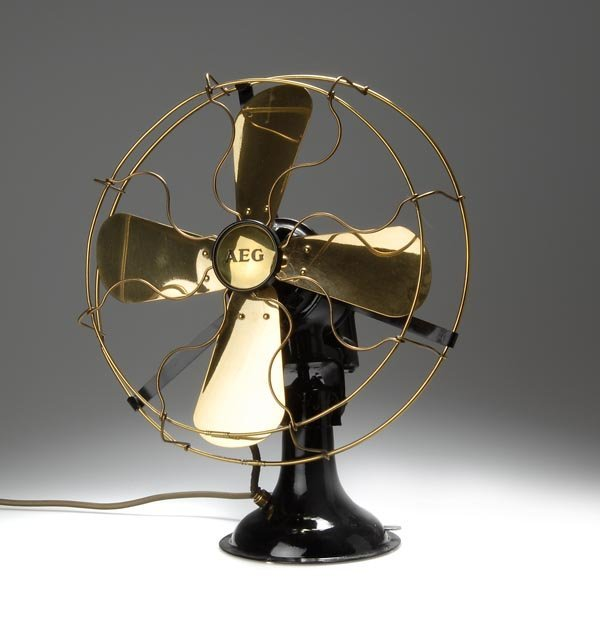 4: AEG Berlin , Table Ventilator, around 1910