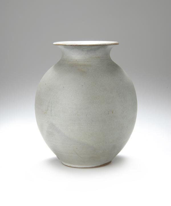 12: Otto Lindig, Dornburg, Vase, around 1940