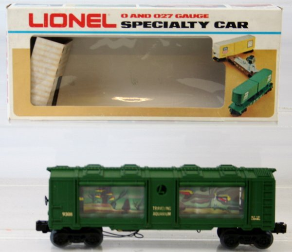 32: RARE LIONEL AQUARIUM CAR 6-9308