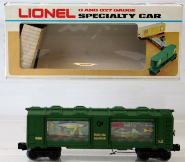 32: RARE LIONEL AQUARIUM CAR 6-9308 - 2