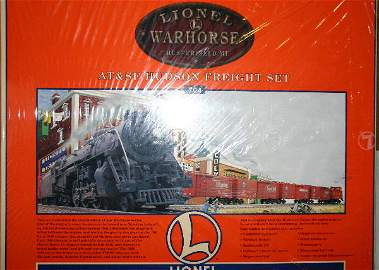 878: LIONEL ATSF HUDSON FREIGHT SET. INCLUDES WEATHERED