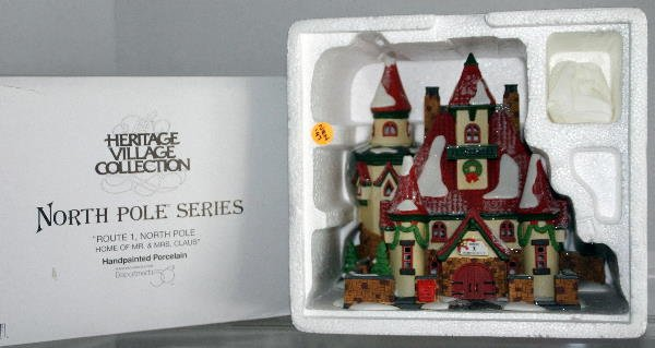 13: DEPT 56 NORTH POLE SERIES ROUTE 1 NORTH POLE 5639-1