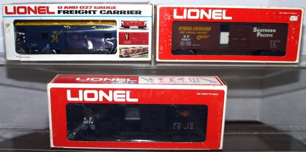 717: LIONEL O GAUGE 65827, 6441, 9776 S.P. BOX CARS, AL