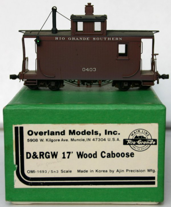 14: OVERLAND MODELS D&RGW 17' WOOD CABOOSE. Sn3 SCALE.