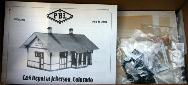25: PBL Sn3 C&S DEPOT AT JEFFERSON COLORADO. PLASTIC AN