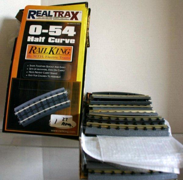 1: MTH 2735 0-54 REAL TRAX HALF CURVE 27 PCS.  STOCK# :