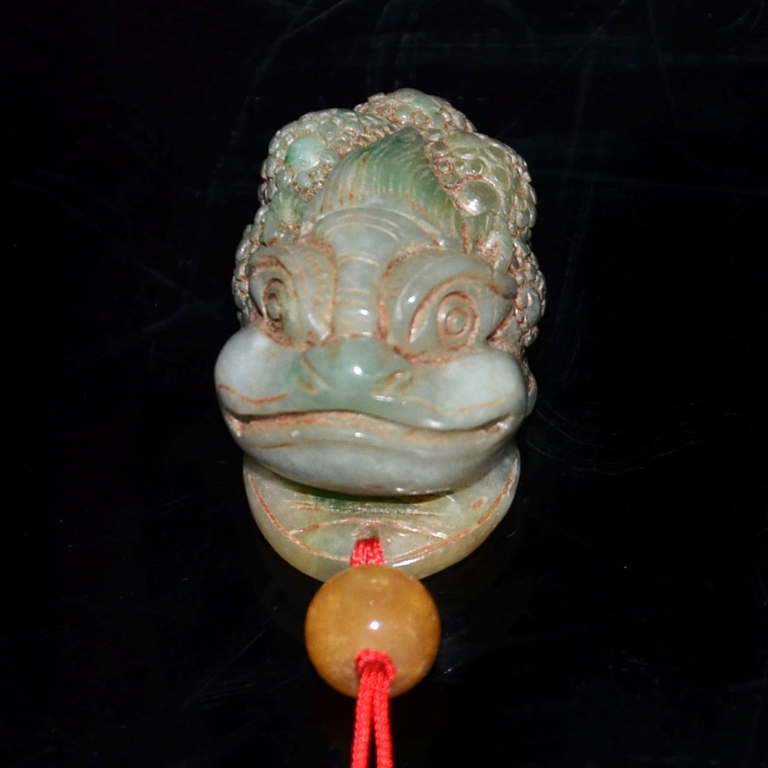 Ming, A Jadeite Carving of Toad with Dragon Head Pebble - 3