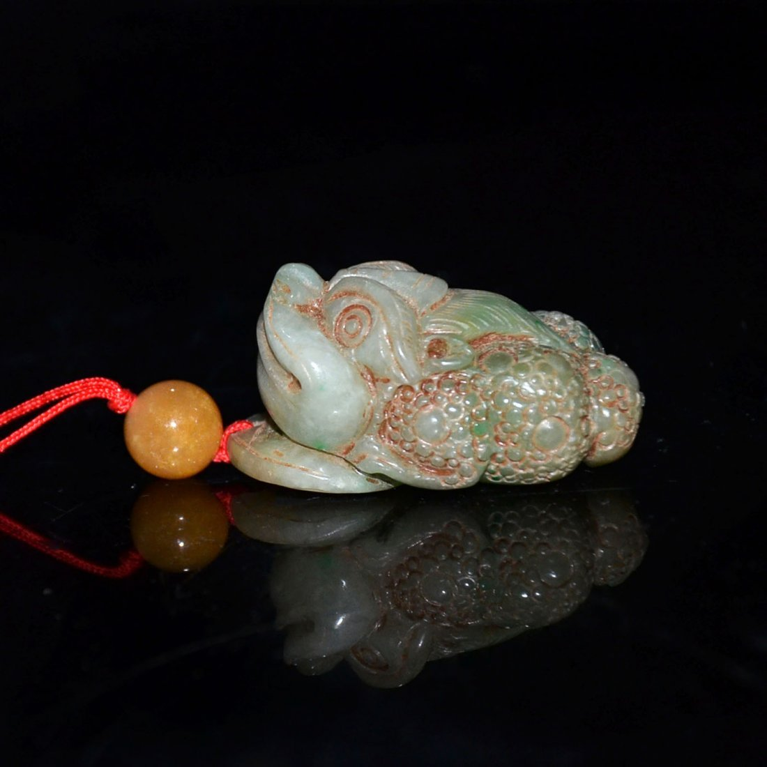 Ming, A Jadeite Carving of Toad with Dragon Head Pebble - 4