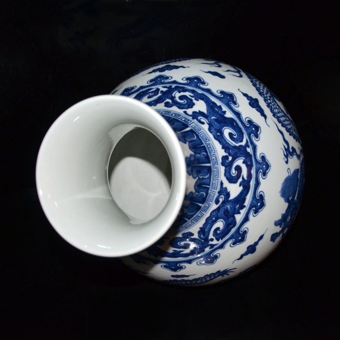 Qing, A Large Ming-Style Blue and White Flaming Dragon - 5