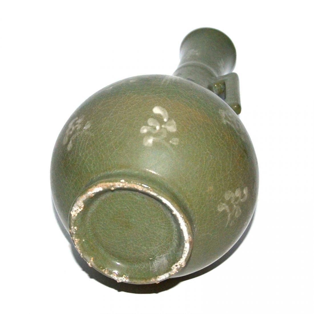 Korea, Green-glazed Crane amidst Cloud Vase with Handle - 6
