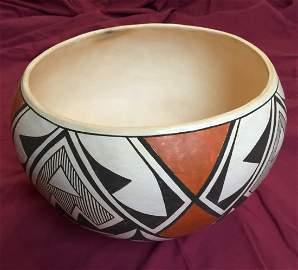 """Acoma """"Sky City"""" Pueblo Pottery"""