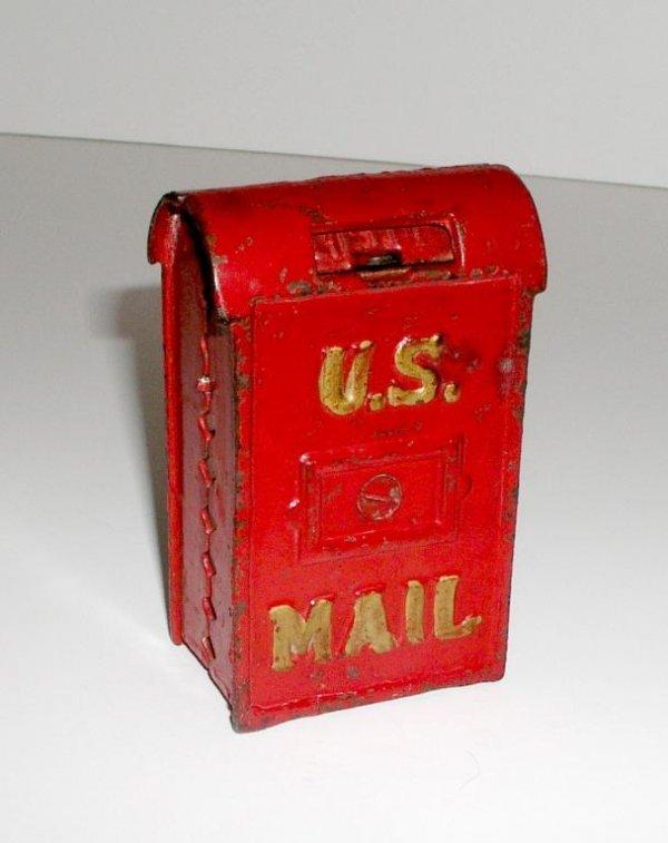 5: ARCADE MAIL BOX BANK