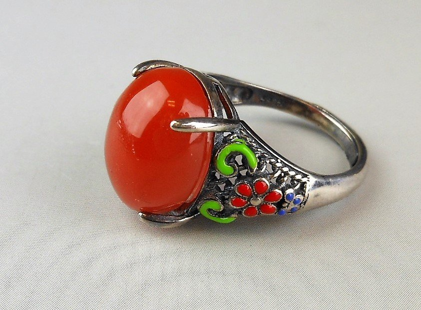 A Chinese red agate silver ring - 2