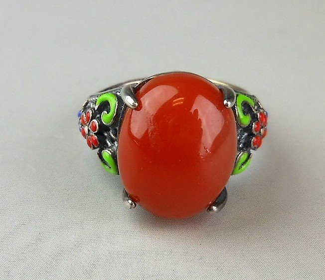 A Chinese red agate silver ring - 3