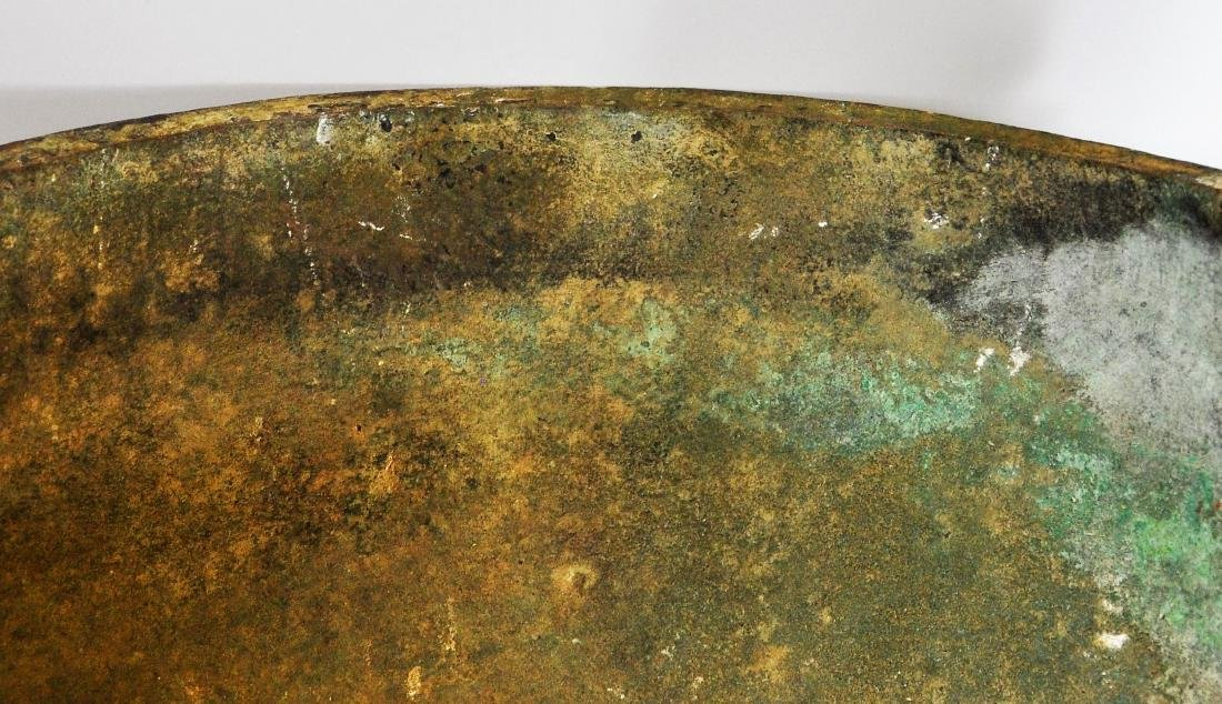 A large Chinese archaic bronze vessel, ding - 4