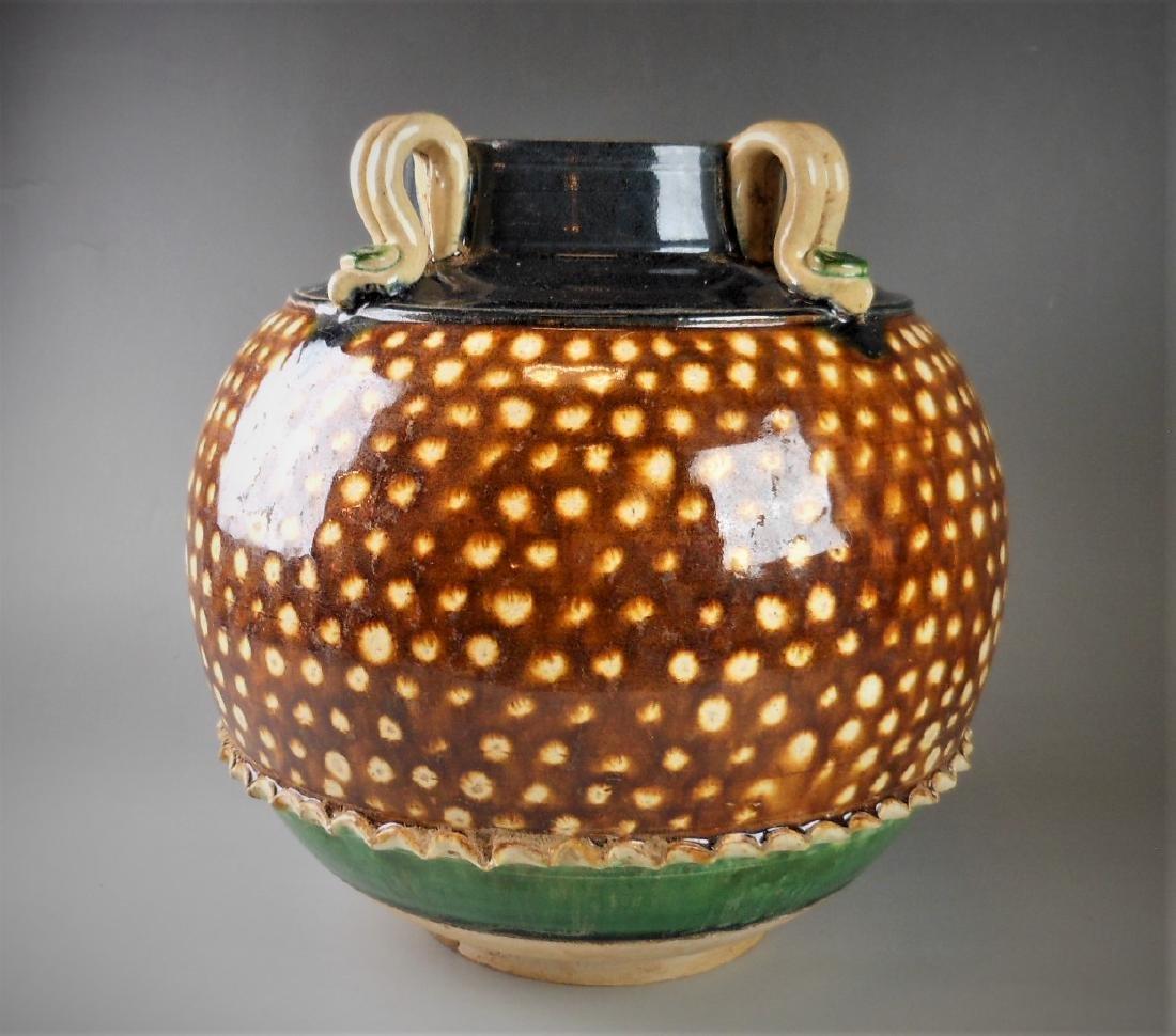 A Chinese Liao-sancai style porcelain jar