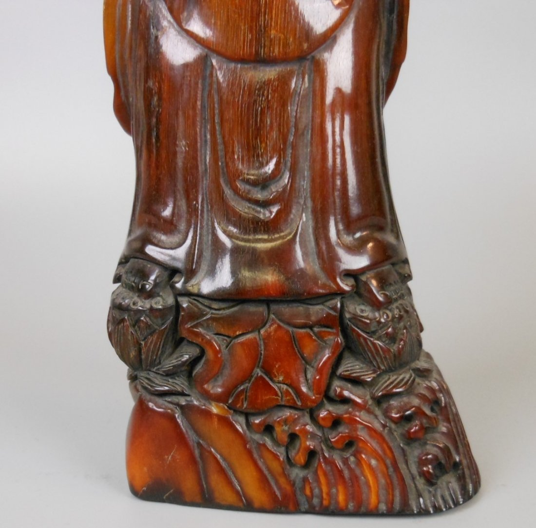 A Chinese carved horn Guanyin - 7