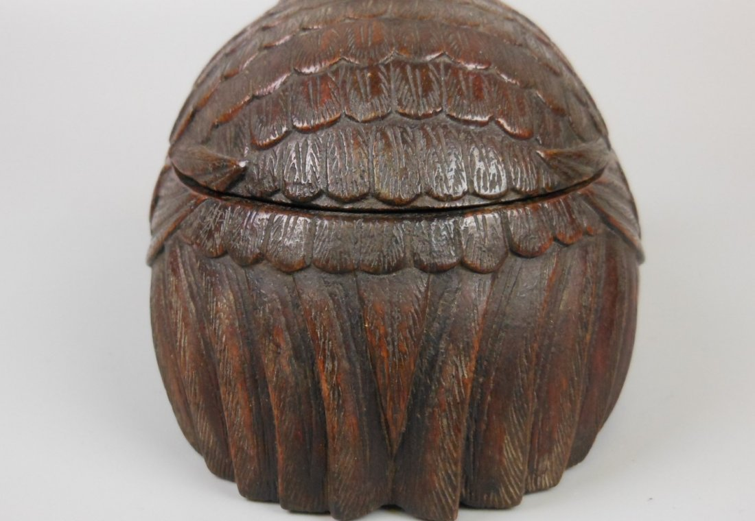 A Chinese carved chenxiang wood box - 7