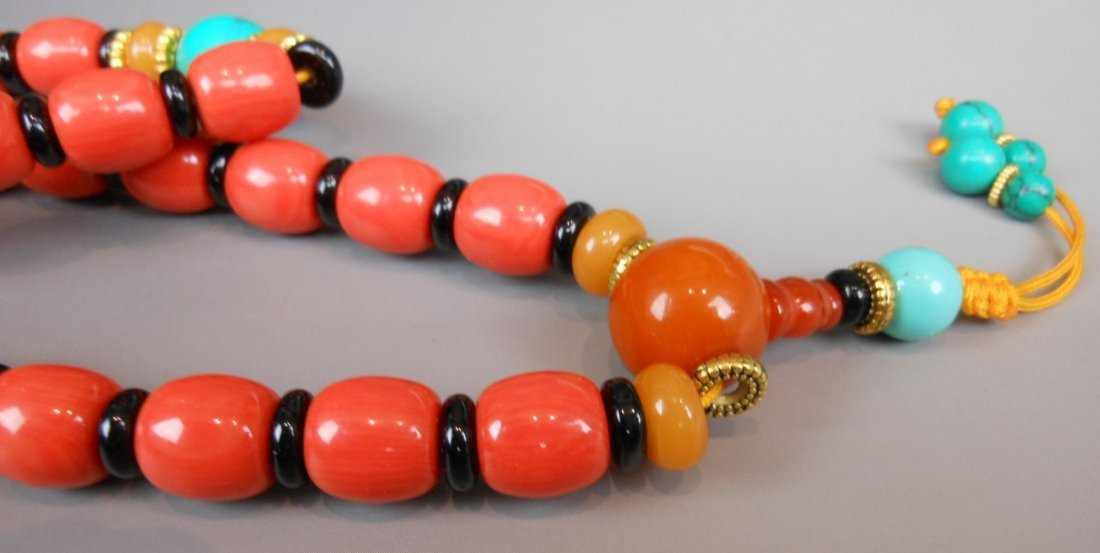 A Chinese coral bead necklace - 3