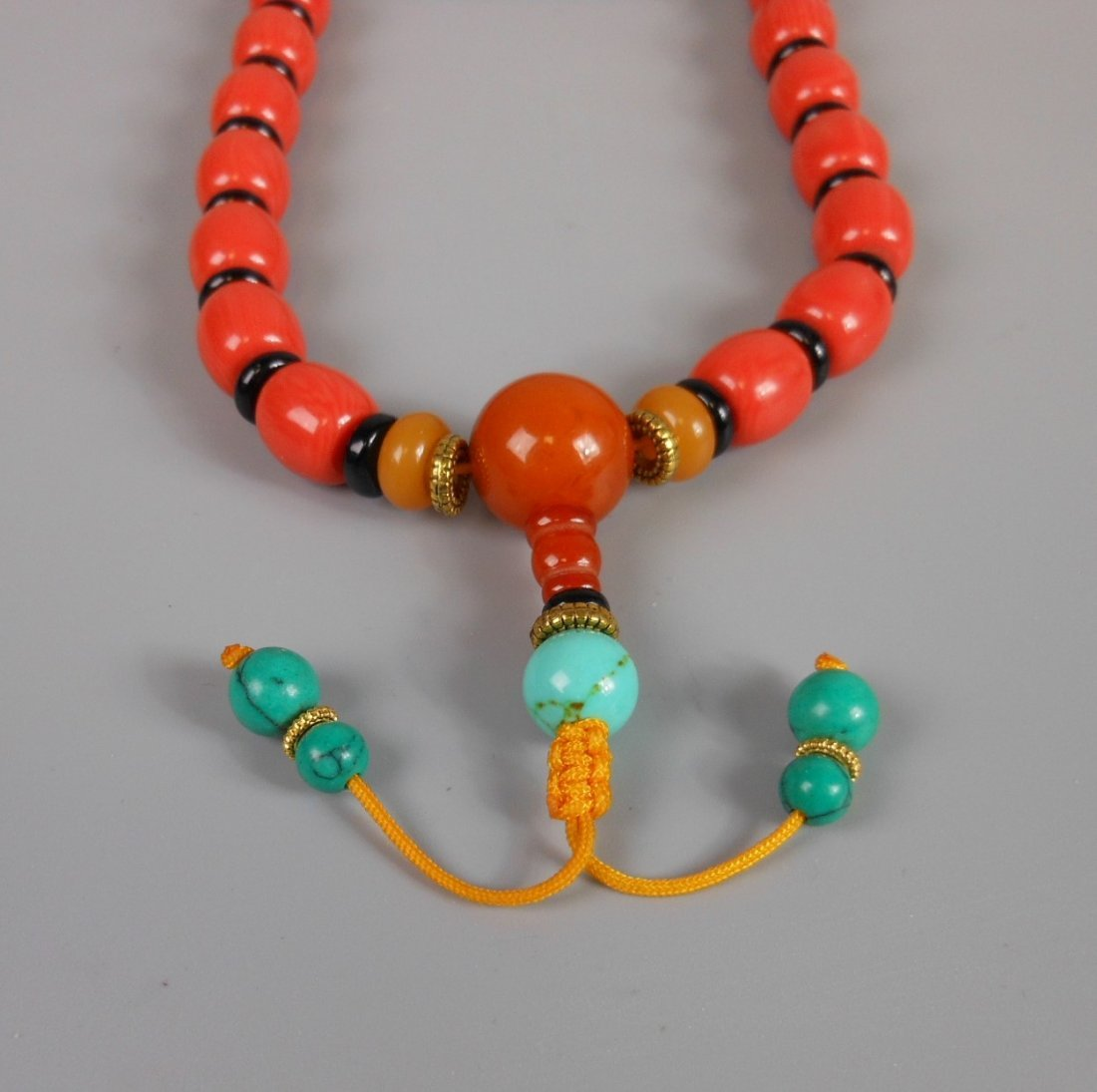 A Chinese coral bead necklace - 6
