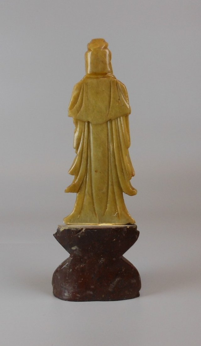 A Chinese soapstone carved Guanyin - 3