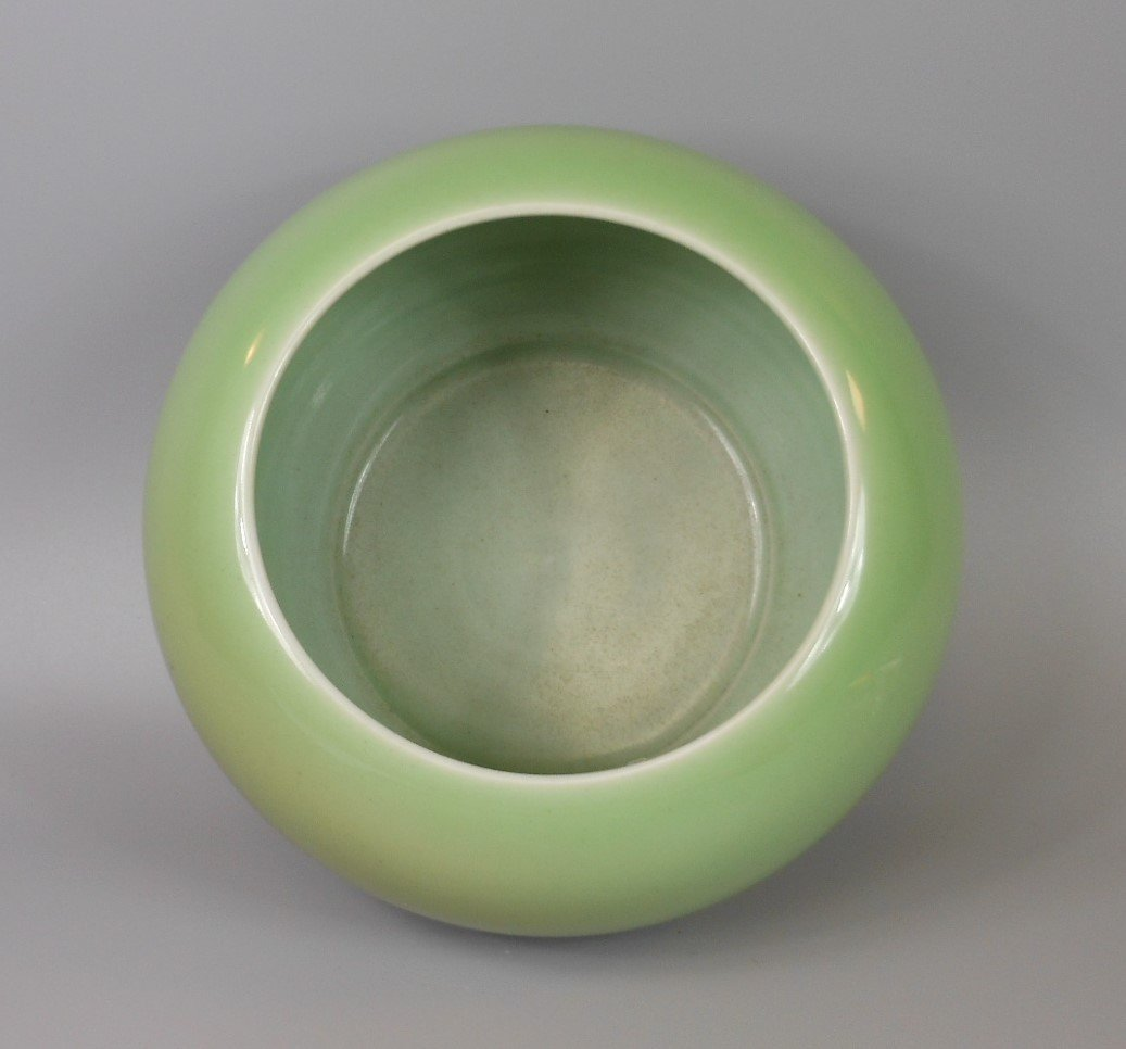 A Chinese celadon porcelain water dripper - 3