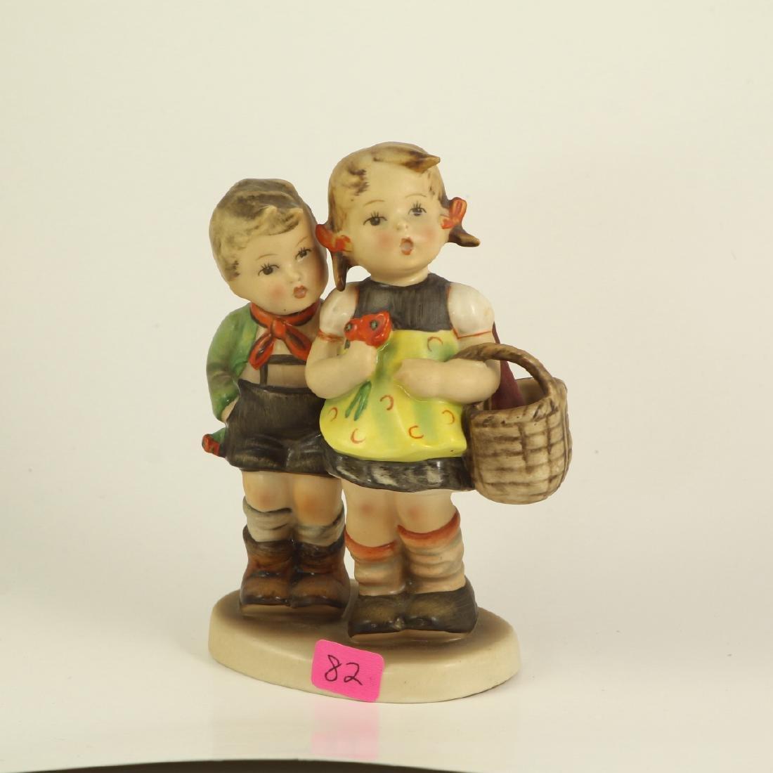 "Hummel Figurine 49/0 ""To Market"" TMK 2 Full Bee"