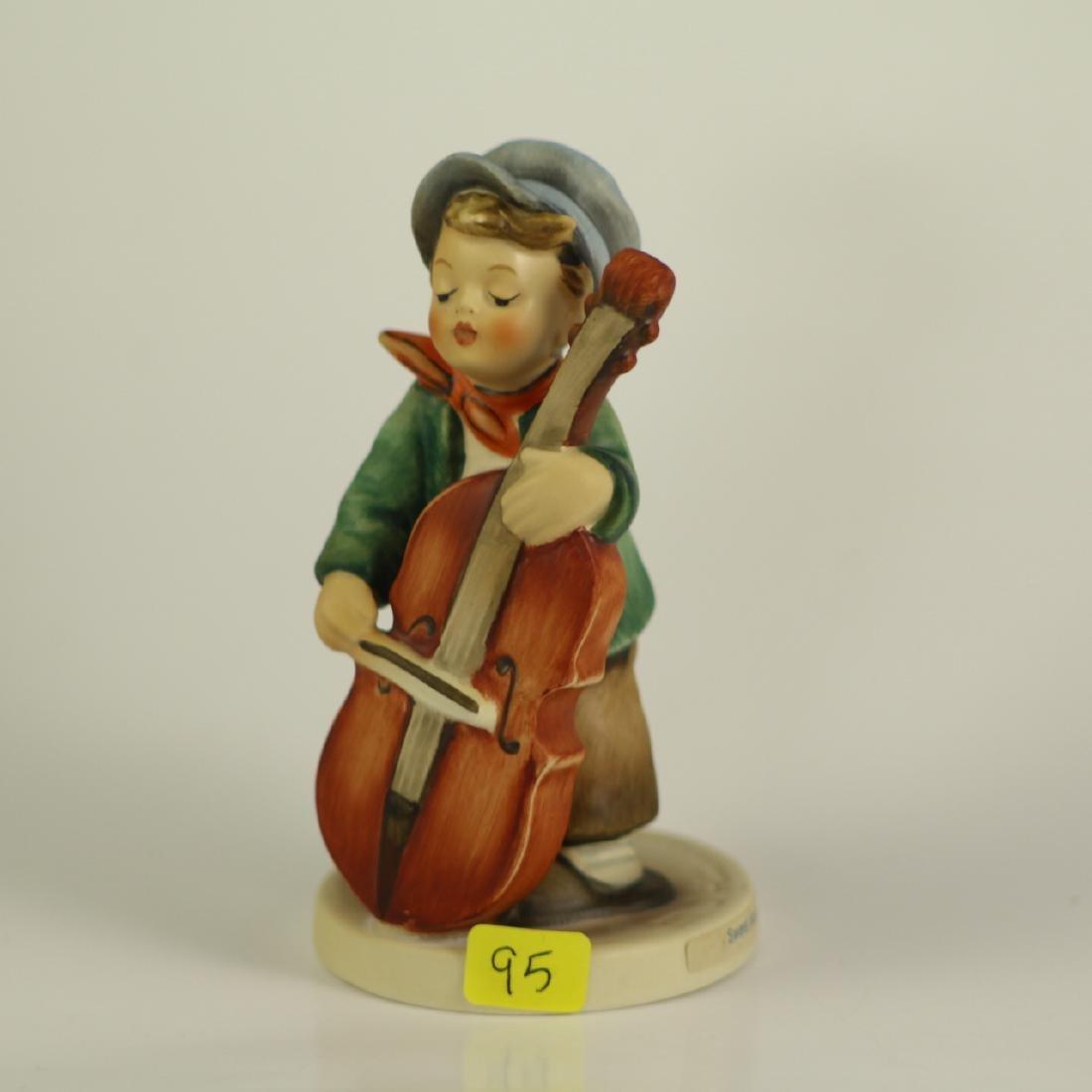 """Hummel Figurine 186 """"Sweet Music"""" TMK 5"""