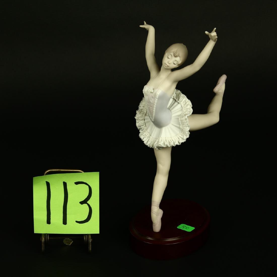 Lladro Ballerina Girl #15816 Ballet Saltando Prima