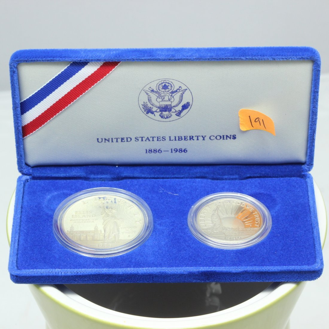 1886-1986 US Liberty Coin Proof Set Silver Dollar &