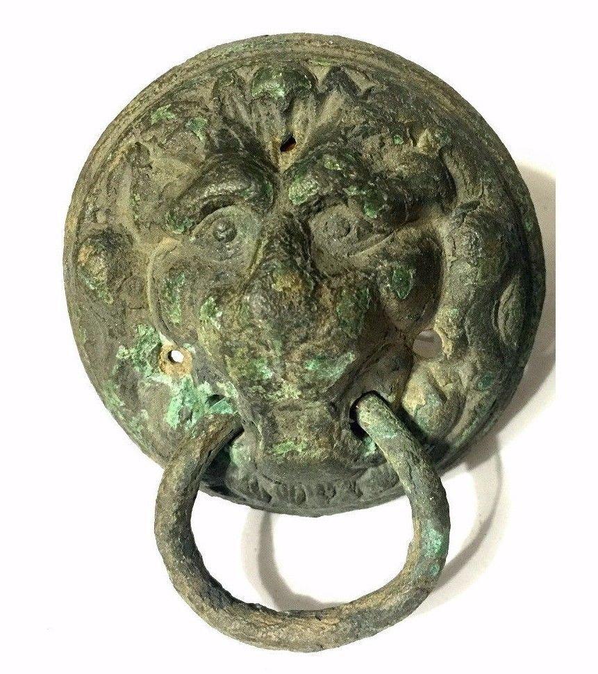 Pair of Ancient Roman Bronze Lion Mask Handles. - 2
