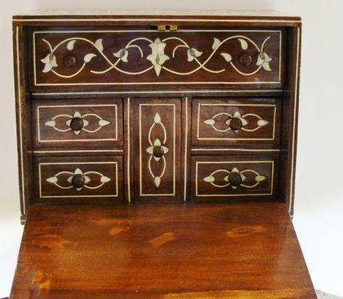 Islamic Ottoman Trunk  Inlaid with Mother-of-Pearl. - 3