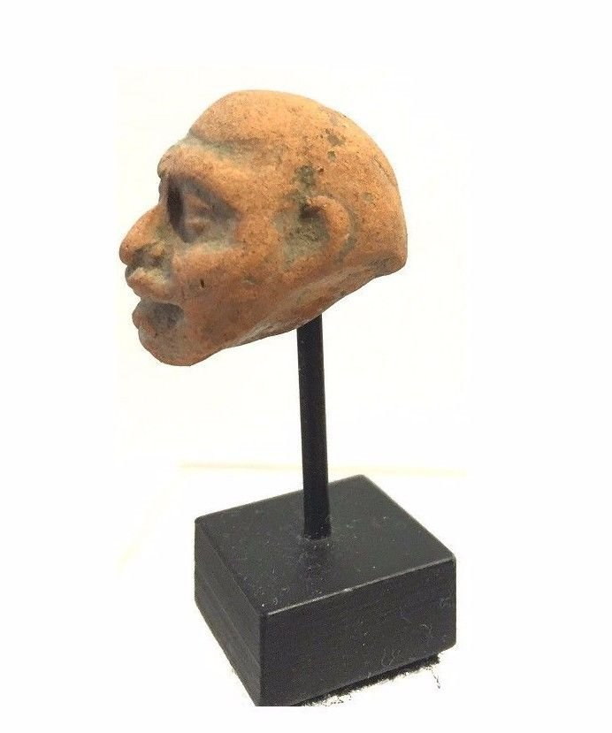 Assyrian -Hittite clay Head. - 2