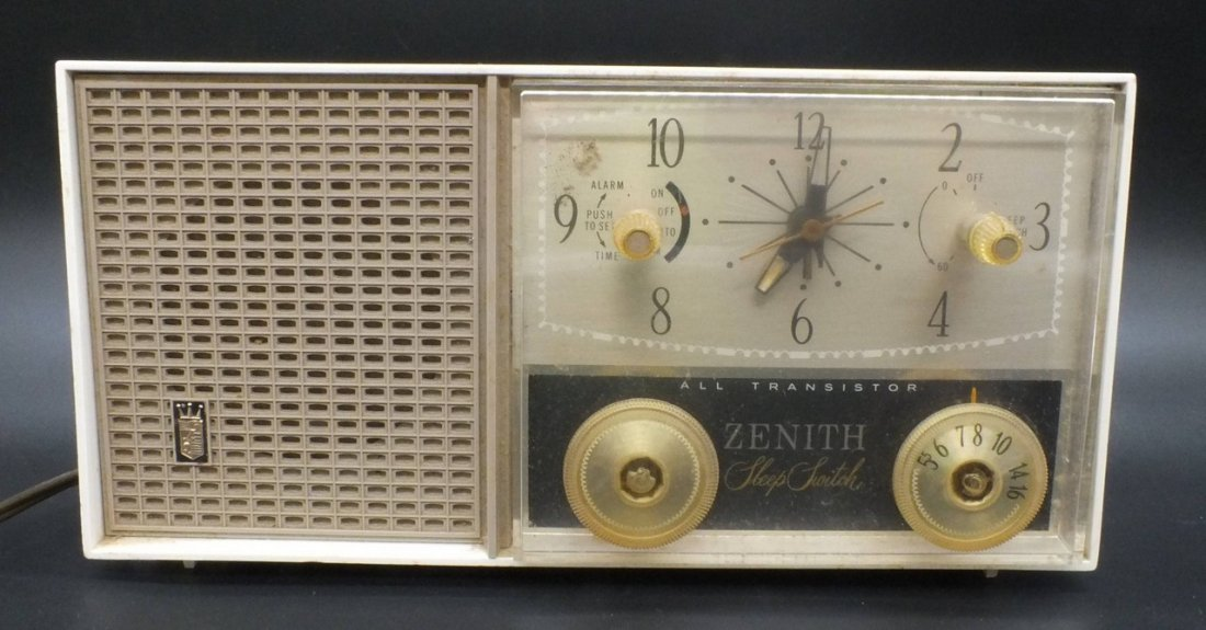 Zenith Sleep Switch All Transistor Radio Model M875W - 2
