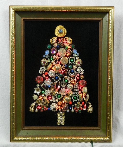 Jewelry Christmas Trees.Folk Art Costume Jewelry Christmas Tree With Lights