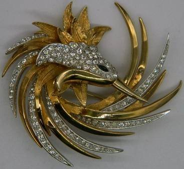 Boucher Swirled Bird Brooch