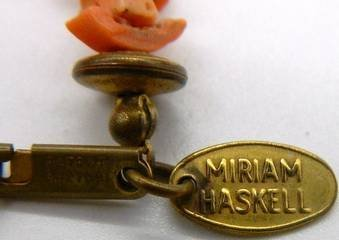 Miriam Haskell Pink Coral & Brass Bead Necklace, Signed - 6