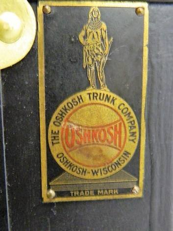Vintage Oshkosh Wardrobe Steamer Trunk - 4