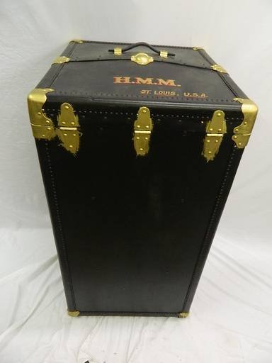 Vintage Oshkosh Wardrobe Steamer Trunk - 5