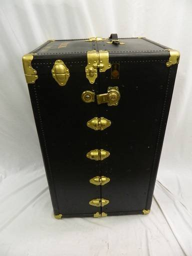 Vintage Oshkosh Wardrobe Steamer Trunk - 7